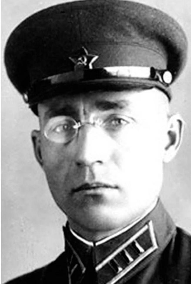 полковник Логунов